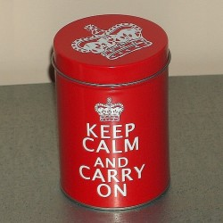 "Boite métal ""Keep Calm And Carry On"" PM"