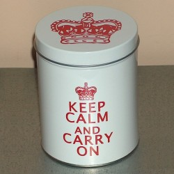 Boite métal blanche Keep Calm And Carry On modèle moyen