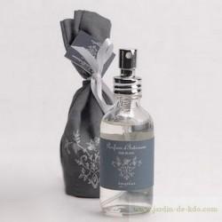 """Parfum d'ambiance """"Patchouli"""" dans son sac en tissu"""