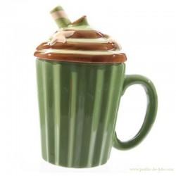 """Tasse verte avec couvercle """"gâteau"""""""