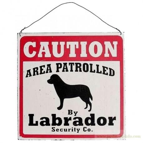 Plaque vieillie caution security labrador zone surveillée
