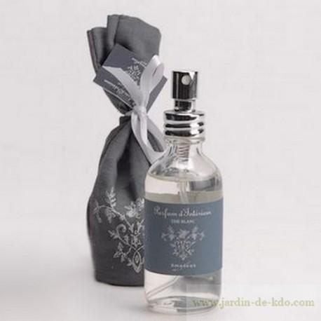 Parfum intérieur en spay patchouli Amadeus avec sac tissu