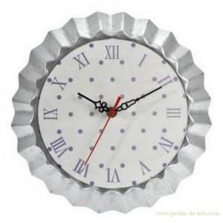Horloge moule à tarte blanc et violet pois