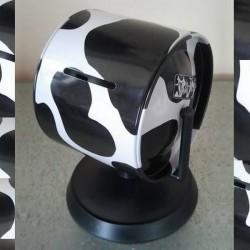 Tirelire sur pied vache en métal et PVC